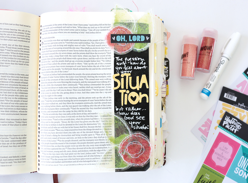 video tutorial by Natalie Elphinestone making glittery flowers to stick in your journaling Bible