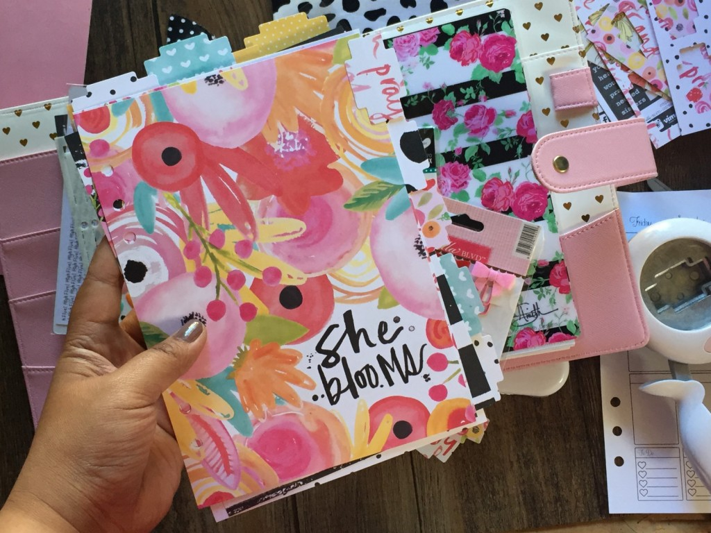 a video tutorial from team member Florence showing us how she set up her faith planner