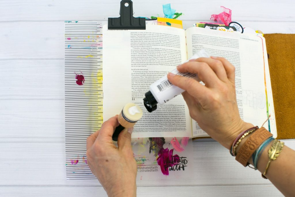 should you gesso in your Journaling Bible? Tutorial by Amy Bruce Watercolor Tutorial   To Prep or Not to Prep - Freedom in ALL Things