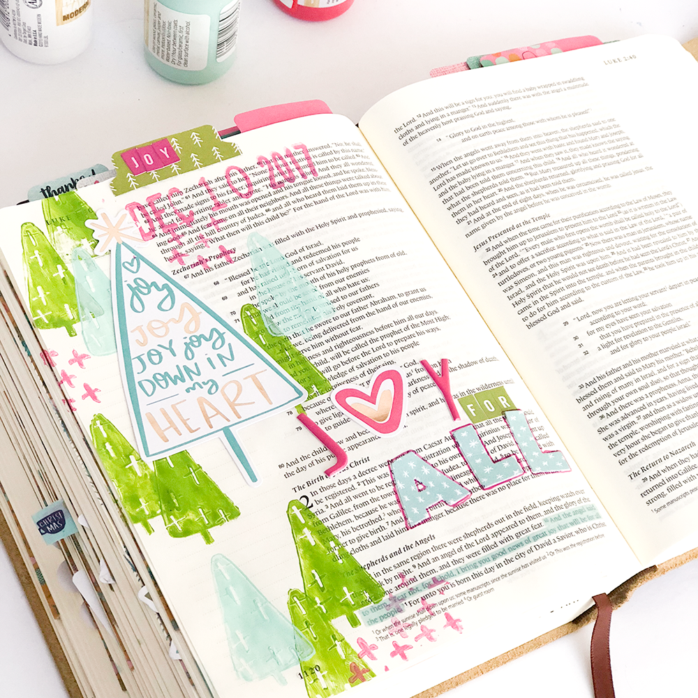 mixed media Bible journaling tutorial by Heather Greenwood | Luke 2:10 Advent Bible journaling | stamping with acrylic paints