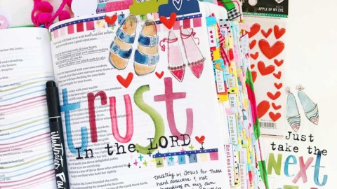 Mixed Media Hybrid Bible Journaling | Trust in the Lord