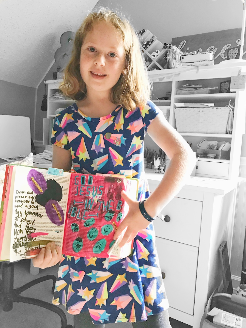 5 Tips for Bible Journaling with Kids by April Crosier aka marine_parents   #KidsintheWord   Proverbs 22:6