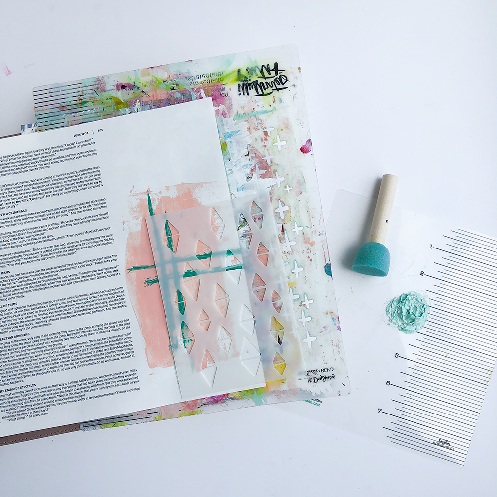 mixed media bible journaling tutorial by Heather Grenwood | Layers Upon Layers | Revival Camp New Testament 2019