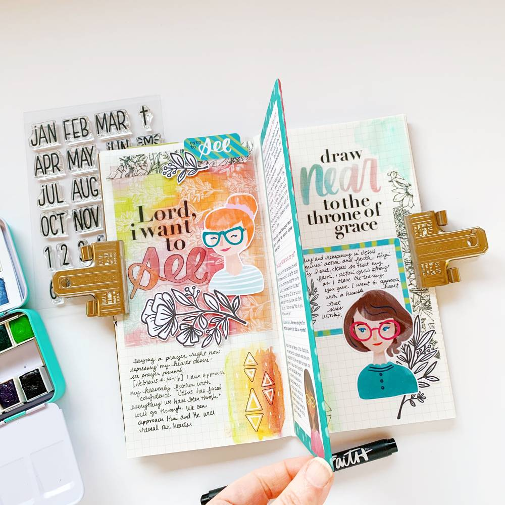 Hybrid Print and Pray Travelers Notebook by Cristin Howell using digital printables | Eyes to See